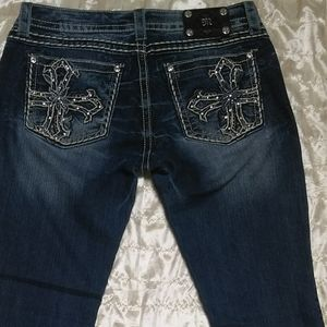 Miss Me Jeans 31x34 long Boot Like New Rhinestones